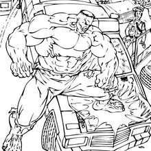 Hulk zerstört sein Auto