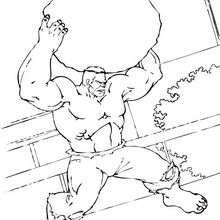 Hulk hebt einen Felsen hoch