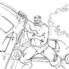 Hulk zerstört Autos