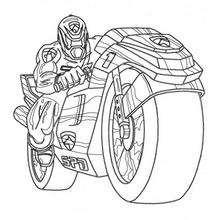 Power Rangers mit einem Motorrad