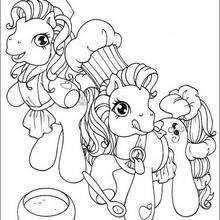 Ponies backen einen Kuchen zum Ausmalen
