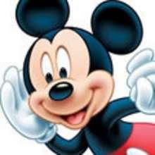 Micky Maus und Minnie Maus verliebt