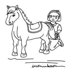 Mädchen putzt ihr Pferd zum Ausmalen