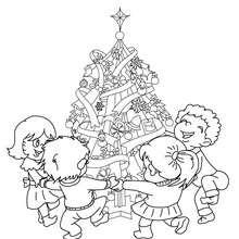 Weihnachtsbaum von Kindern umringt zum Ausmalen