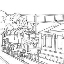 Alte Dampfeisenbahn fährt in den Bahnhof ein zum Ausmalen