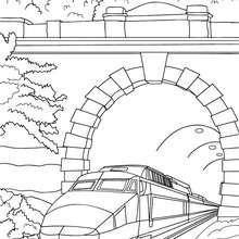 Hochgeschwindigkeitszug verlässt einen Tunnel zum Ausmalen