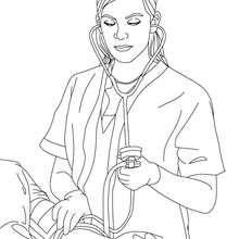 Krankenschwester kontrolliert den Blutdruck zum Ausmalen