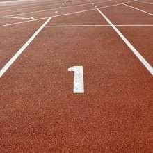 Olympiagold und Weltrekord ohne Schuhe