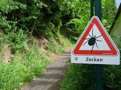 Achtung, Zecken!