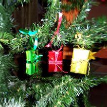 Weihnachtsgeschenke für den Tannenbaum