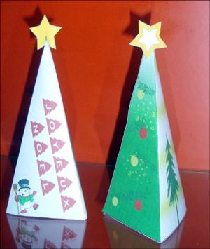 Weihnachtsbaum aus papier bastelanleitungen - Weihnachtsbaum basteln papier ...