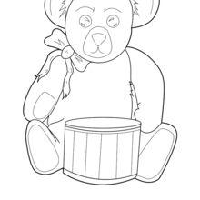 Teddy mit einer Trommel
