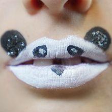 Schminken auf Lippen: Panda